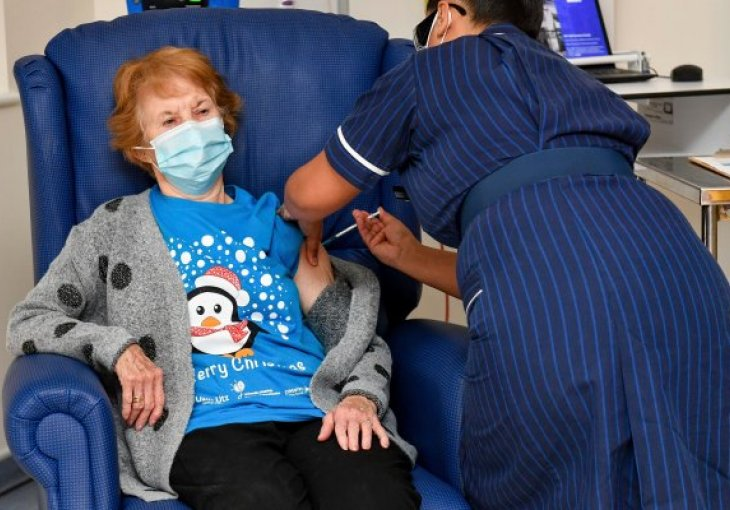 90-years old woman in UK got the Pfizer's vaccine!